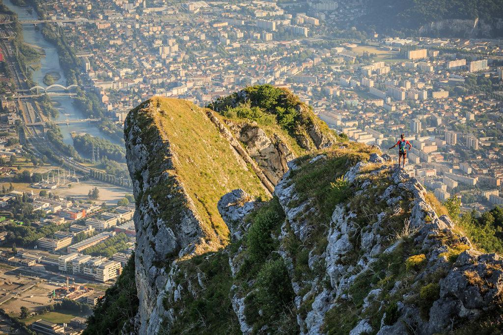 Skyrunning above Grenoble. Skyrunning sur le shauteurs de Grenoble.